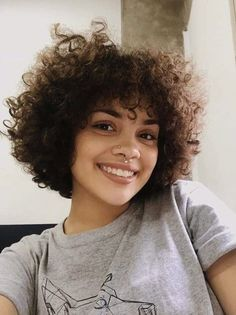 Hair Inspo, Hair Inspiration, Curled Hairstyles, Cool Hairstyles, Natural Hair Styles, Short Hair Styles, Curly Hair Cuts, Short Curly Haircuts, Hair Reference