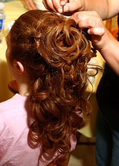 curly prom hairstyles for long hair half up