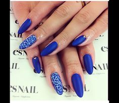 Matte blue almond nails