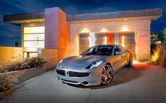 Fisker Karma in front of a beautiful Los Angeles home
