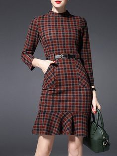 Pockets Check Pattern Mini Dress Check out our Collection of Belts. Simple Dresses, Casual Dresses, Fashion Dresses, Dresses For Work, Short Dresses, Mode Statements, Check Dress, Mode Vintage, Trendy Outfits