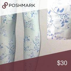 "🆕 NWT LuLaRoe Gorgeous Floral Leggings ""Unicorn"" 🆕 NWT LuLaRoe Gorgeous ""Unicorn"" OS Floral Leggings. Pale grey/blue background with delicate blue and white flowers LuLaRoe Pants Leggings"