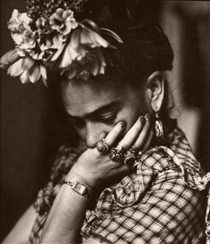 frida~ incredible artist... great pic for using in class when we celebrate Hispanic Heritage month...we make Frida portraits in art class...