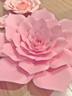 Pretty in Pink flower backdrop by PaperBlissDecor on Etsy
