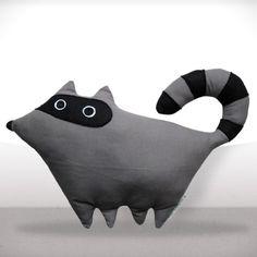 Peluche Gustave le raton laveur - Création de Charlotte Heurtier
