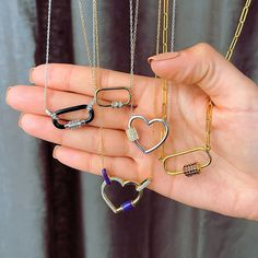 Carabiner links are ultra-unique and right on trend ✨ Which style are you adding to your wish list? Item #: 947936, 947937, 944858, 946355, 946353 Trendy Jewelry, Jewelry Trends, Face Jewellery, Front Back Earrings, Midi Rings, Geometric Jewelry, Arrow Necklace, Drop Earrings, Unique