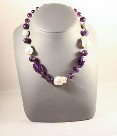 Collar amatistas y perlas.http://marberaltabisuteria.mitiendy.com/categorias/collares