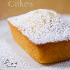 Financiers (French Almond Cakes) Recipe - a delicious, buttery moist cake Apple Tea Cake, Cinnamon Tea Cake, Lemon Tea Cake, Chocolate Tea Cake, Chocolate Recipes, Homemade Cake Recipes, Pound Cake Recipes, French Almond Cake Recipe, Tea Cake Cookies