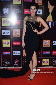 Kirti Sanon at Star Guild Awards 2015_1