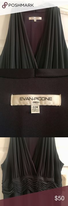 """Evan Picone Dress Womens 22W Faux Wrap V Neck Evan Picone Dress Womens Plus SZ 22W Marilyn Dress Almost Black Faux Wrap V Neck  Perfect dress for the wedding season or any semi-formal event!  Evan Picone  Bold Beginnings  Faux wrap top, ruching at waist, v-neck, slimming  New with tags! $89  Women's Plus Size: 22W  Color: Almost Black — (I would say DK Gray)  95% Polyester 5% Spandex  Armpit to armpit 24"""", measured lying flat & not stretched  Length 45"""" Evan Picone Dresses Midi"""