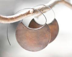 Piccoli orecchini tribali in rame cerchi di lama orecchini