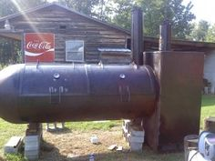 Smoker made out of an old propane tank