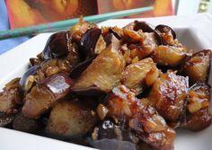Garlic and onion caramelized eggplant de verduras cazuela guarniciones faciles Nut Recipes, Vegetable Recipes, Vegetarian Recipes, Great Recipes, Cooking Recipes, Healthy Recipes, Salada Light, Good Food, Yummy Food