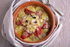 Cocina la receta Bacalao desmigado con patatas y piquillos de Jesús Sánchez