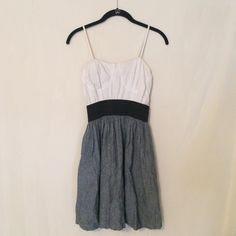 Cute simple dress ✨ ⚪️ Cute & great priced ⚫️ Rarely worn & in great condition ❤️ Rue 21 Dresses Mini