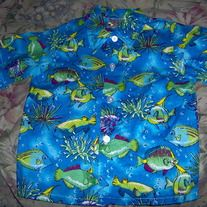 Babies Little Fishes Blue and Green Shirt. Brand New. Size Up to 24 Months. Material is 100% Cotton. Brand is Gumballs. This little babies shirt is so cute. Get it today for your baby and teach them about the fishes. Only this one in stock. Take advantage. Free shipping to USA Residents with delivery confirmation, all other countries there will a $5 USD extra shipping fee. If you have any questions please feel free to contact me via email at lfhmiami@gmail.com. Thank you and Enjoy.