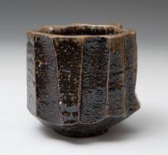 Koichiro Isezaki Chawan Koichiro Isezaki Chawan Koichiro Isezaki Chawan K Japanese Ceramics, Japanese Pottery, Modern Ceramics, Ceramic Bowls, Ceramic Pottery, Ceramic Art, Stoneware, Japanese Tea Cups, Japanese Tea Ceremony
