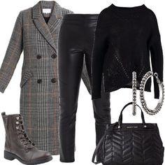 Cappotto e anfibi  outfit donna Rock per tutti i giorni  c0d86bb05d2