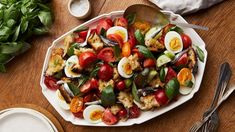 Fry some bread to round out this easy, filling summer salad - ABC Life Summer Tomato, Types Of Bread, In Season Produce, Grilled Meat, Summer Salads, Vegan Friendly, Main Meals, Salad Recipes, Delish