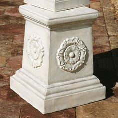 English Rosette Garden Sculptural Grand Pedestal by Design Toscano – CameraZeny Pedestal, Bear Statue, Small Urns, Large Lanterns, Dragon Statue, Animal Statues, Garden Statues, Garden Totems, Garden Sculptures