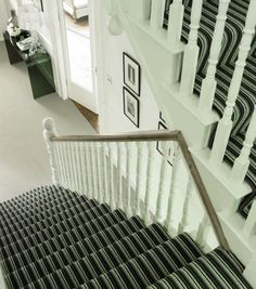 Striped carpets might not be the best choice for every room in the house. However, one place where striped carpets really look their best is on any staircase. Striped Carpet Stairs, Striped Carpets, Carpet Staircase, Staircase Ideas, Hallway Ideas, Affordable Carpet, Cheap Carpet, Carpet Fitting, Interior Concept