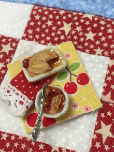 Miniature Cherry Cobbler Prep Board 1:12 by RibbonwoodCottage
