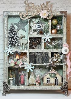 I love little shadow boxes with miniature Christmas goodies. I'm a sucker for miniature glittered stuff! I love little shadow boxes with miniature Christmas goodies. I'm a sucker for miniature glittered stuff! Noel Christmas, Winter Christmas, All Things Christmas, Vintage Christmas, Christmas Wreaths, Christmas Decorations, Christmas Ornaments, Miniature Christmas, Christmas Goodies