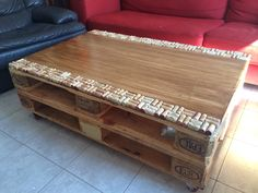 Hand Made Coffee Table / Pallet And Wine Cork