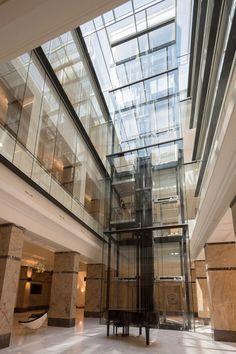 Erasmus University College in Rotterdam / Erick van Egeraat