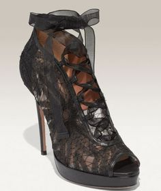 Valentino shoes collection summer 2011s Oh-My-God. loooove