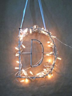 Monogram Wire Letter. Cute for kid's bedroom. #decor http://www.ivillage.com/ways-decorate-home-christmas-lights/7-b-509316#512325
