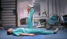 Sig farvel til rygsmerter: Denne simple øvelse lindrer smerten på et øjeblik! Nifty Science, Lose 40 Pounds, Operation, Health Insurance Plans, Waist Workout, Back Exercises, Back Pain Relief, Morning Yoga, For Your Health