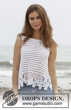 Crochet Top Crocheted top with clover and lace pattern. The piece is worked in DROPS Cotton Light. Sizes S - XXXL. Blouse Au Crochet, Gilet Crochet, Crochet Tank Tops, Crochet Summer Tops, Black Crochet Dress, Crochet Shirt, Moda Crochet, Easy Crochet, Crochet Lace