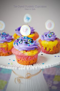 Tie-Dyed Funfetti Cupcakes @Kristen @DineandDish with an awesome giveaway!