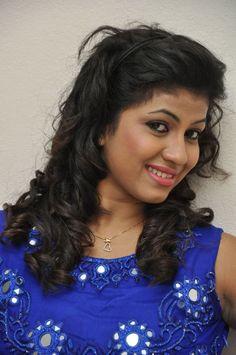 nice Actress Geethanjali latest photos