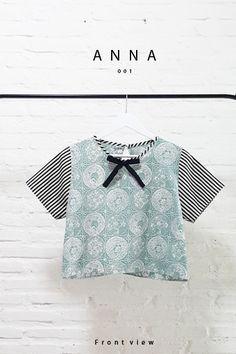 Comfy Bow-Tie Batik-Stripe Combination Blouse  Length of Blouse : 48 cm  Material used : Batik Cap, Cotton. Stripe Fabric, Cotton.  Free Size (Bust up to 100 cm)