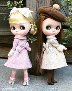 just because I love #blythe dolls . sisters