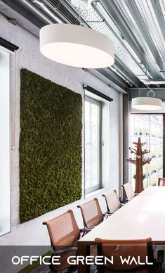 Placing a pot fresh flowers in the corner or some hanging post with a number of live plants Ed Design, Wall Design, Green Environment, Moss Wall, Office Plants, Swedish Design, Plant Wall, Cool House Designs, Interior Walls