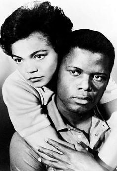 American actors female _ amerikanische schauspieler we. Hollywood Actor, Classic Hollywood, Old Hollywood, Hollywood Stars, Angela Davis, Black Actors, Black Celebrities, Celebs, Female Actresses
