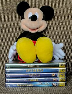 I would like to share my Disney dvd's with you guys. These are my first five movies form the Disney Classic Collection. Pinocchio, Classic Collection, Bambi, About Me Blog, Snow, Guys, Film, Disney, Movies