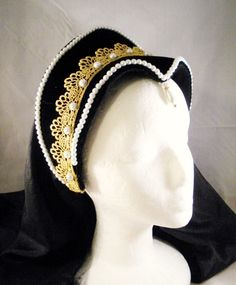 Hey, I found this really awesome Etsy listing at https://www.etsy.com/listing/205117661/renaissance-french-hood-tudor-headpiece