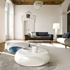 Pebble Coffee Table White, Modern Italian Design