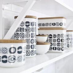 Scandinavian-style Keep Kitchen storage collection by Sagaform Scandinavian Style, Scandinavian Kitchen, Scandi Style, Scandinavian Interior, Kitchen Store, Kitchen Items, Kitchen Decor, Kitchen Canisters, Quirky Kitchen