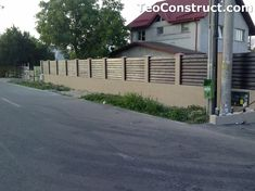 Garduri din lemn preturi Brasov 1 Design Case, Garage Doors, Sidewalk, Outdoor Decor, Romania, Home Decor, Brick, Walls, Decoration Home