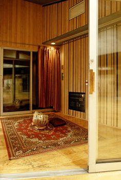 Studio D Vocal Iso Booth