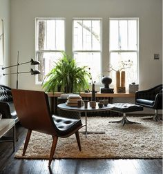 Awesome 40 Cozy Mid Century Living Room Interior Design Ideas To Try Mid Century Modern Living Room, Living Room Modern, Rugs In Living Room, Home And Living, Living Room Furniture, Living Room Designs, Living Spaces, Furniture Layout, Room Rugs