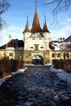 Catherine's Gate in Brasov, Romania. (Poarta Ecaterinei) during the winter. Places Around The World, Travel Around The World, Around The Worlds, Places To Travel, Places To See, Wonderful Places, Beautiful Places, Milan Kundera, Brasov Romania