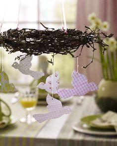 Kranz mit Vögeln aus Papier