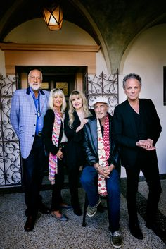 Fleetwood Mac announce reunion tour dates w/ Christine McVie!