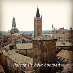 Parma, Barcelona Cathedral, Mansions, House Styles, Building, Travel, Italia, Viajes, Manor Houses